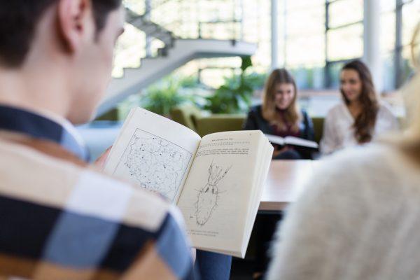 Badania naukowe na UAM nawet dla studentów I roku