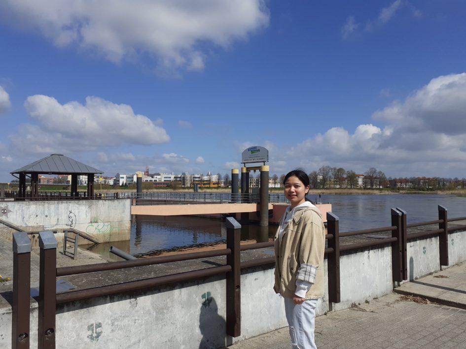 Yanjing_Li- na tle granicy polsko-niemieckiej